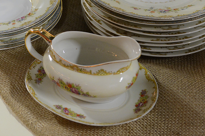 Southern Antiques And Accents Glassware China Dinnerware Silverware Sterling Dishes Flatware Fairhope Alabama 36532