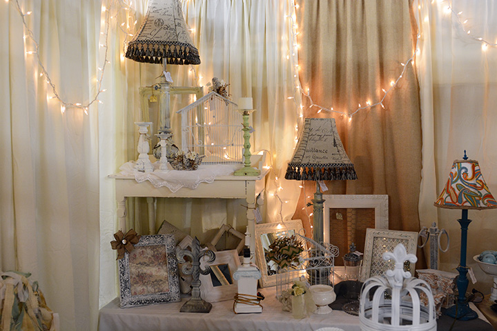 Southern Antiques And Accents Accent Pieces Decorated