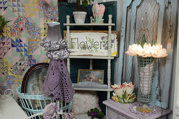 Southern Antiques and Accents   Accent Pieces   Decorated ...